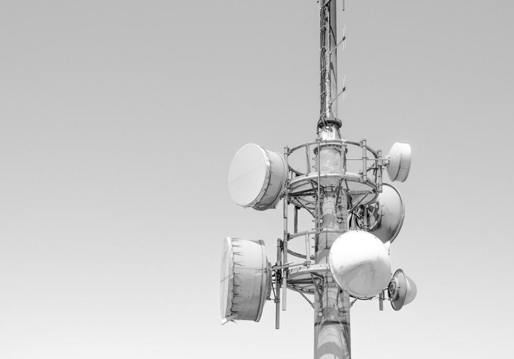 telco tower bw 1000x700 - Telecom - Nearshoring: Ein Erfahrungsbericht